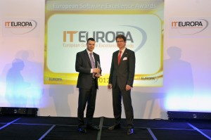 IBA's Soupeev gets prize from sponsor - Fujitsu